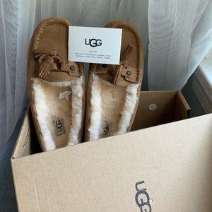 UGG Litney Slippers